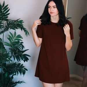BURGUNDY T-SHIRT DRESS